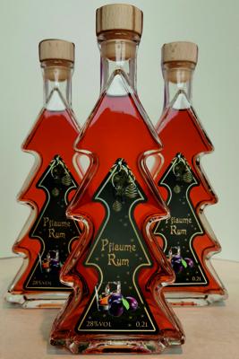 Pflaume-Rum Likör - Tannenbaumflasche